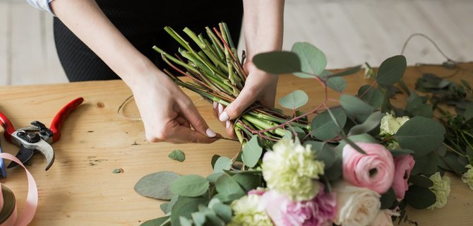 These Dallas Florists Will Enliven Your Apartment